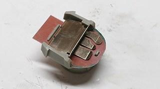 s-030804P-s2.jpg